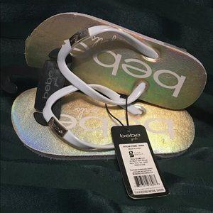 bebe Shoes - Bebe Girls holographic flip-flop sandals size 13